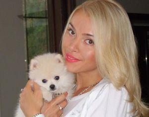 Бриджит Бордо подарила Алене Кравец щенка