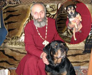 Священник c ротвейлером поймали вора