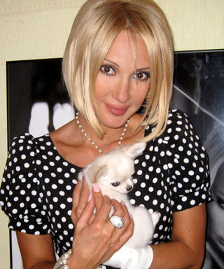 Лера Кудрявцева отменила съёмки из-за болезни собаки