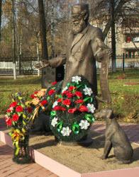 В Беларусии появился памятник доктору Айболиту